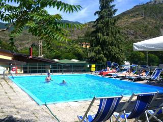Nice Bungalow with Stove and Refrigerator - Deiva Marina vacation rentals