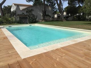 4 bedroom House with Internet Access in Lambesc - Lambesc vacation rentals