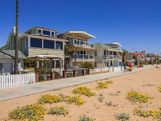 East OCEANFRONT Spectacular 7 Bedroom, 7 Bathroom Three Story Property - Newport Beach vacation rentals