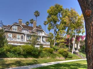 Bayside Drive CDM - Gorgeous CDM Vacation Home in Picturesque Setting - Corona del Mar vacation rentals