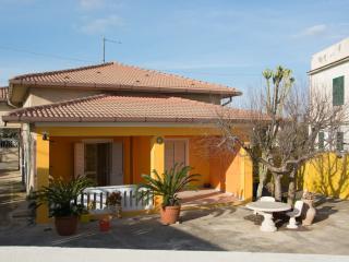 """Casa a 100m dal mare """"Villa del Sole"""" Licata - Licata vacation rentals"""