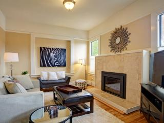 Uptown in Downtown Mill Valley - Mill Valley vacation rentals