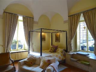Romantic Renaissance Apartment in Historic Roman Palazzo - Rome vacation rentals