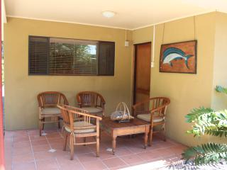 2 bedroom House with Parking in Bulwer - Bulwer vacation rentals