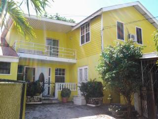Bright Condo with A/C and Housekeeping Optional - Portsmouth vacation rentals