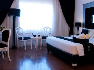 Convenient 2 bedroom Bed and Breakfast in Kuta - Kuta vacation rentals