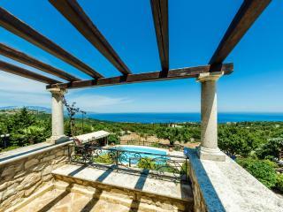 Luxury Apartment Rental in Skinaria - Skinaria vacation rentals