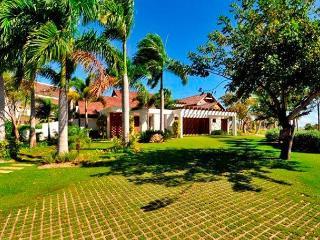 Las Palmas #87 beautiful, blends golf and luxury inside cap cana - Punta Cana vacation rentals