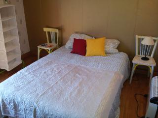La Shikara - Chambre avec lit double - La Balme vacation rentals