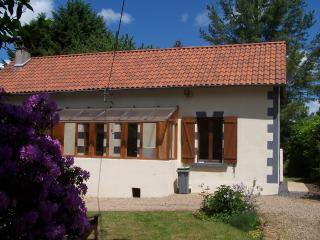 Lanouaille - Farmhouse Bed and Breakfast - Lanouaille vacation rentals
