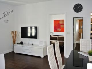 Nice and Bright 2 Bdr. Apt. 1 Min. from the Beach - Miami Beach vacation rentals