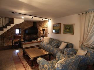 cascina crocefisso F - Mediglia vacation rentals