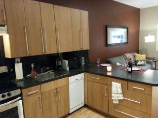 Chic Apt w/ Sunny Yard - 1 Stop NYC - Jersey City vacation rentals