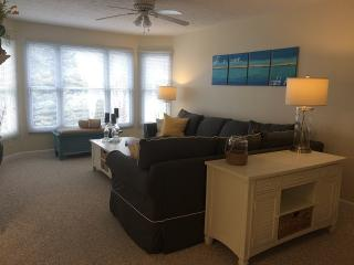 Comfortable Family Condo in Harbor Village - Manistee vacation rentals