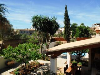 Welcoming, Modern house with swimming pool Ariany - Ariany vacation rentals