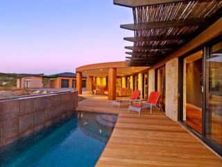 4 bedroom House with Deck in Knysna - Knysna vacation rentals