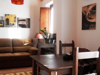 Holiday House Sella 2° Piano - Trapani vacation rentals