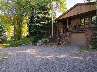 Ski, Golf, Hike, Mountain Bike, Best Restaurants - Aspen vacation rentals