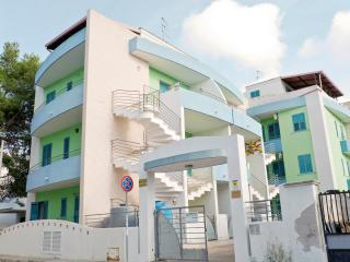 2 bedroom Condo with Television in Baia Verde - Baia Verde vacation rentals