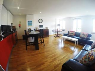 """Classic&Modern duplex, """"Casa Belem"""" - Lisbon vacation rentals"""