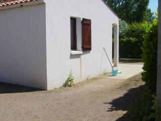 Cozy 3 bedroom House in La Tranche sur Mer - La Tranche sur Mer vacation rentals
