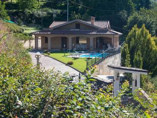 Cozy 3 bedroom Villa in Smerillo - Smerillo vacation rentals