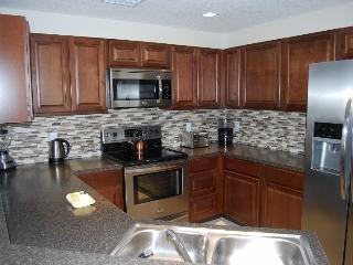 Beautiful 4 bedroom House in Kissimmee - Kissimmee vacation rentals