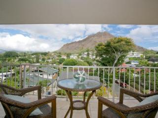 Perfect House with Internet Access and Satellite Or Cable TV - Honolulu vacation rentals