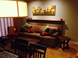 Gorgeous House with Internet Access and Satellite Or Cable TV - Kilauea vacation rentals