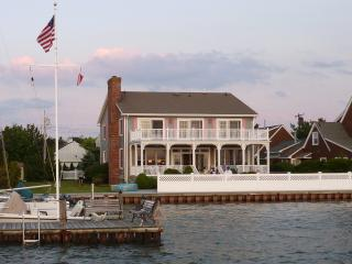 Beautiful Home on the Bay, Near Beach, Sunsets! - Mantoloking vacation rentals