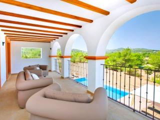 Wonderful 4 bedroom House in Canor with Internet Access - Canor vacation rentals