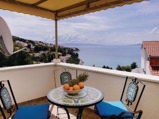 Adriatic Seaview Ciovo Holiday Retreat for 10 - Okrug Gornji vacation rentals