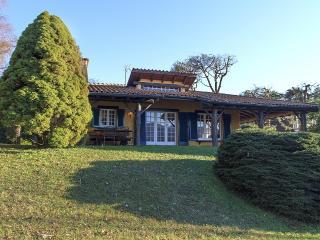 Sweet and charming waterside villa! - Ispra vacation rentals