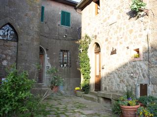 Country House on the Tuscan hills - Sassofortino vacation rentals