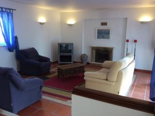 Cozy 2 bedroom Porto Covo House with Dishwasher - Porto Covo vacation rentals
