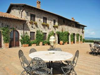 Bolsena Lake elegant mansion in Lazio - Castiglione in Teverina vacation rentals