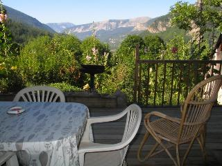 Nice Studio with Internet Access and Television - Villars-Colmars vacation rentals