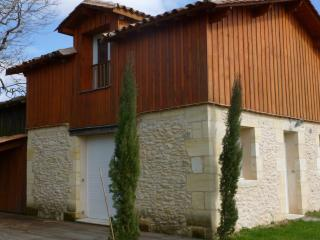 Nice Gite with Internet Access and Housekeeping Optional - Baurech vacation rentals