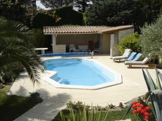 Nice Villa with Internet Access and Dishwasher - Saint-Hilaire-d'Ozilhan vacation rentals