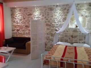 Barbara Studios Superior Studio In Sohora - Rethymnon vacation rentals