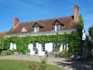 Nice House with Internet Access and Outdoor Dining Area - Dolus-le-Sec vacation rentals