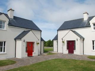 AN SEANACHAI Holiday Homes - 3 Bed (Type B) : Dungarvan, Waterford - Dungarvan vacation rentals