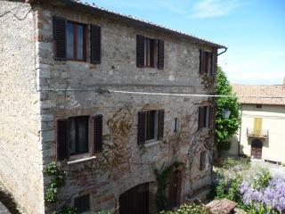 La Mandola della Rocca d'orcia - Rocca d'Orcia vacation rentals