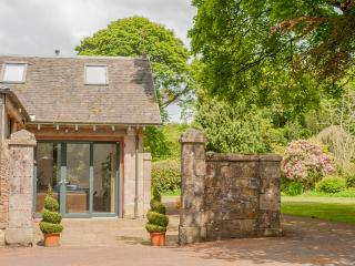 Orlege End, near Edinburgh and Livingston, Lothian - West Calder vacation rentals