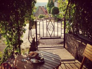 3 bedroom House with Internet Access in Dordogne Region - Dordogne Region vacation rentals
