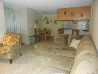 Convenient Condo with Internet Access and Dishwasher - Phoenix vacation rentals