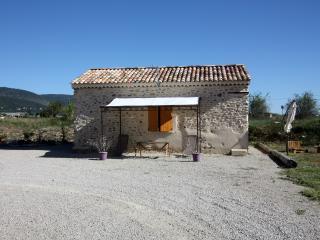 Romantic 1 bedroom Gite in Manosque - Manosque vacation rentals