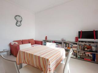 Cozy 2BD close to shops and bacheca - Marina di Carrara vacation rentals