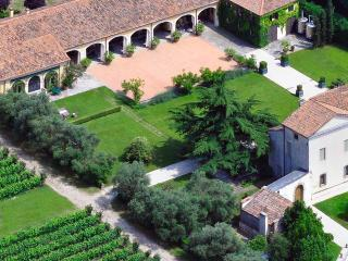 A perfect vacation for wine lovers - Padua vacation rentals