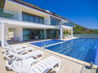 Luxury villa in Kordere/ kalkan, sleeps 06 : 172 - Kalkan vacation rentals